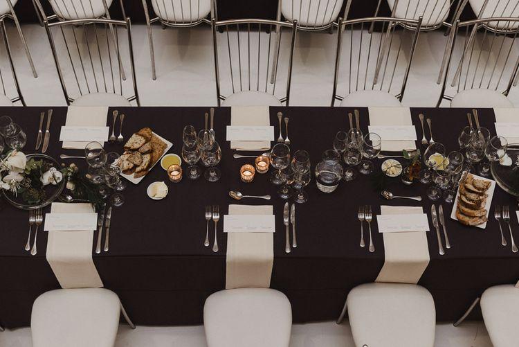 Minimalist Wedding Table Settings by Hilde.Stories
