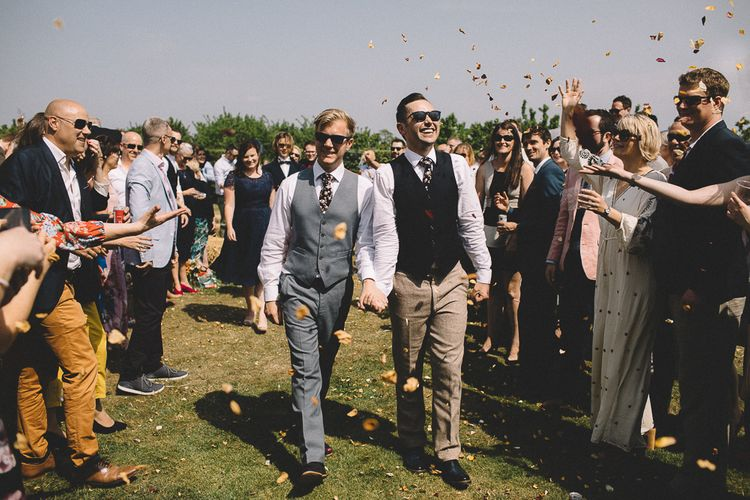 Outdoor Wedding Ceremony // Carrie Lavers Photography