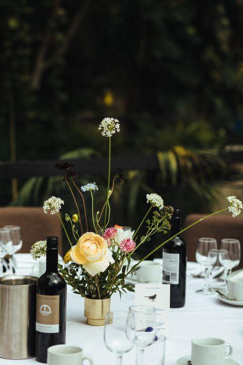 Minimalist Wedding Flower Centrepiece Decor