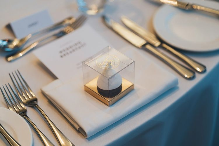 Meringue table favours for the guests at London city wedding reception
