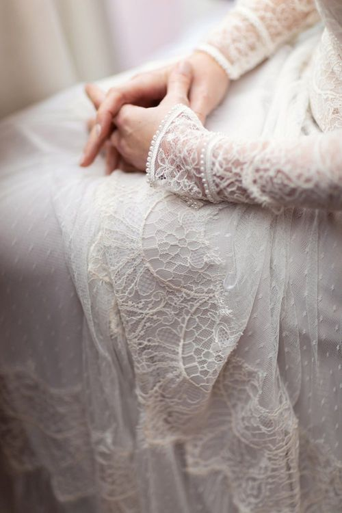 Delicate Lace and Tulle Lihi Hod Sophia Wedding Dress with Long Sleeves and Pearl Cuffs