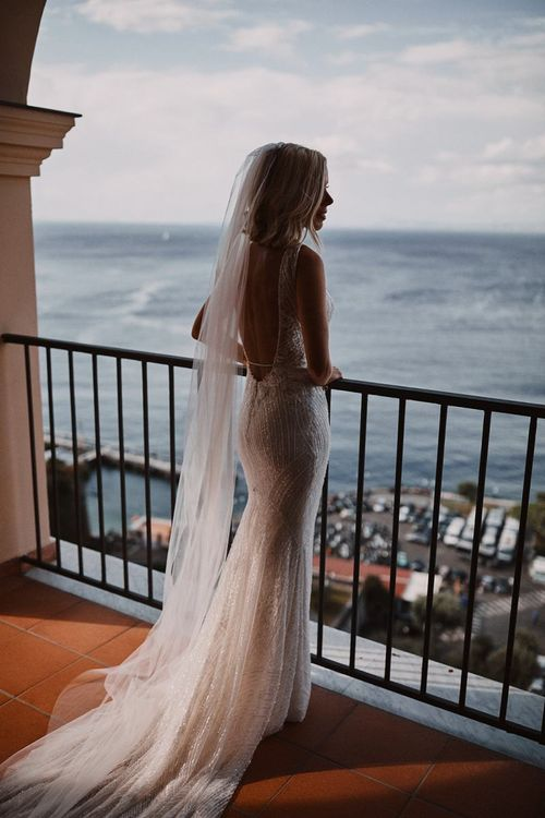 Bride in lace wedding dress at Peters Beach Sorrento