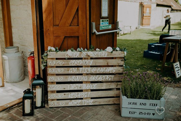 DIY wedding decor with rustic wooden palette