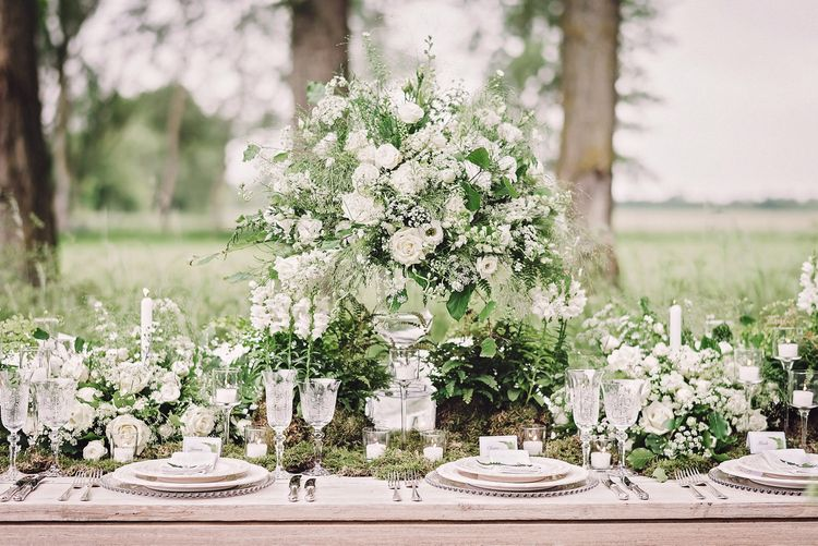 Tablescape | Pure & Simple White & Green Spring Wedding Inspiration by Forever Blossom | Spring Wedding Colours for 2019 | Matthew Bishop Photography