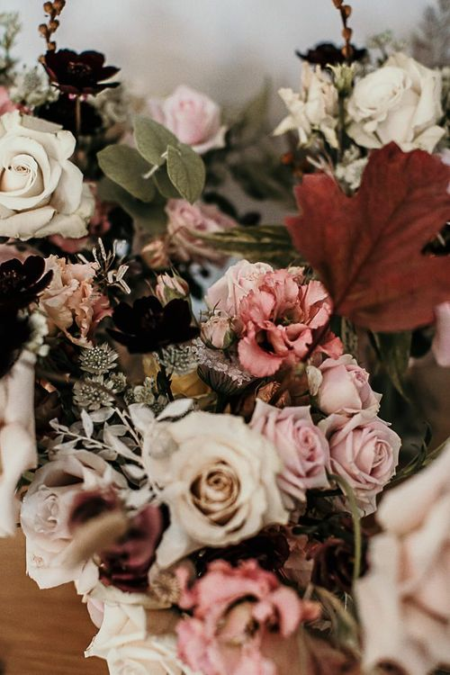 Pink bouquet with foliage details
