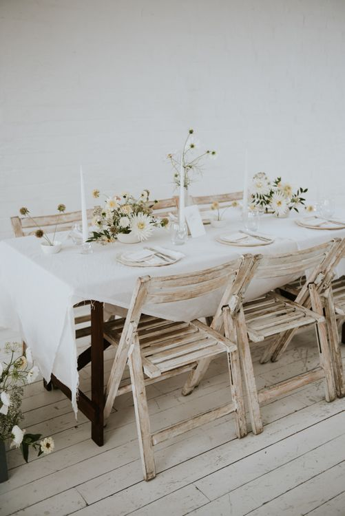 white table cloth for minimalism wedding inspiration