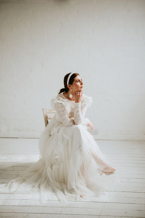 stylish bride in vintage inspired wedding dress