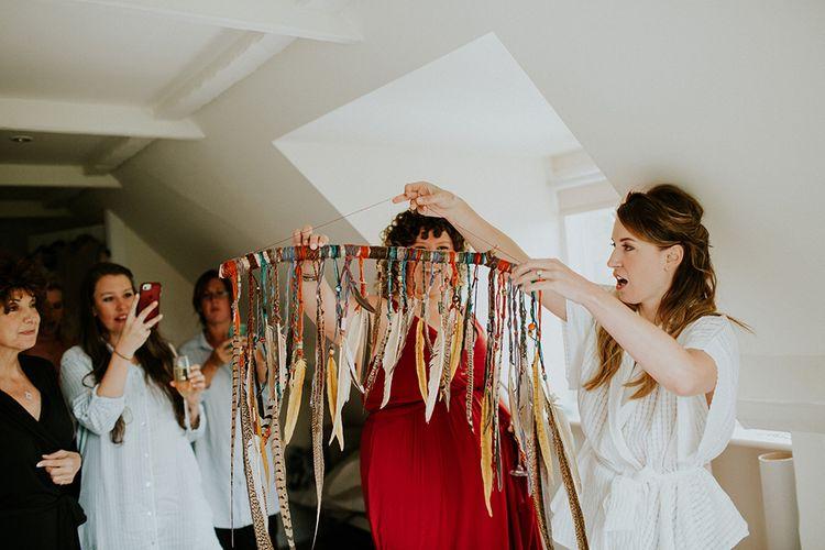 Feather Wedding Decor | Feather & Foliage Festival Wedding Weekend at Copse House, Berkshire | Irene Yap Photography | Tanita Cox Films