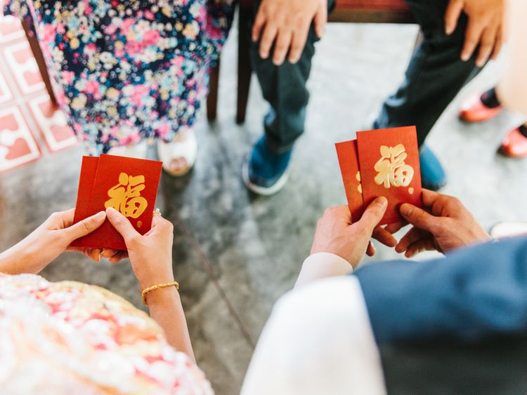 Chinese Tea Ceremony at Tropical wedding in Thailand