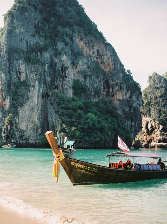 Thailand boat for tropical wedding