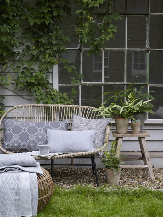 Wicker Outdoor Garden Furniture with Cushions