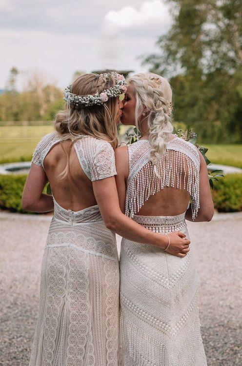 Watters wedding dress back details