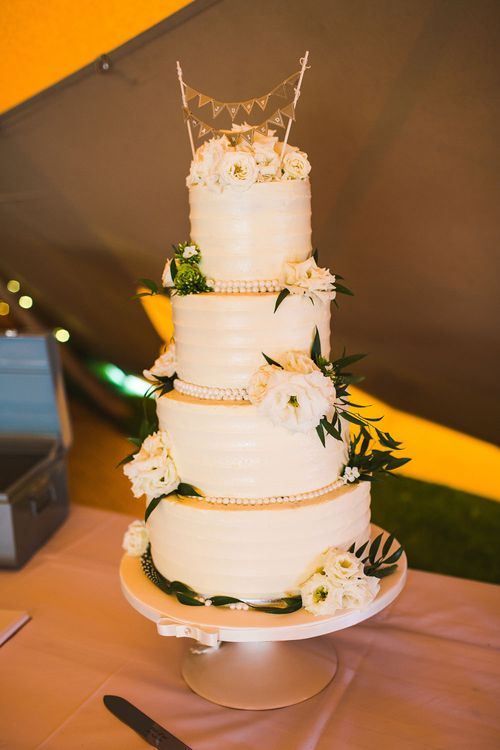 Cake. Tipi by Peaktipis. Reception at Shiningford Farm.