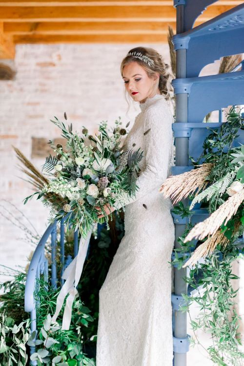 Oversized Bouquet for Winter Wedding Inspiration