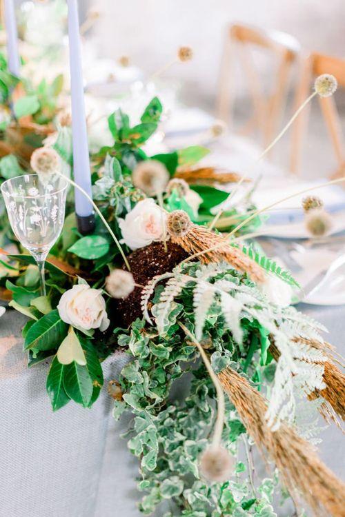 Winter Wedding Flowers and Foliage