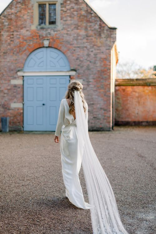 Bride with Half Up Half Down Hair and Long Veil