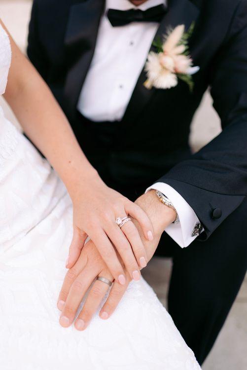 昨晚结婚的新娘结婚了