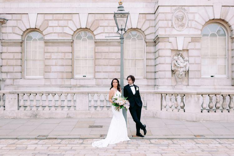 伦敦的好莱坞皇家婚礼上的婚礼